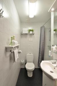 A bathroom at Hotel Residentie Slenaeken