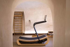 The fitness centre and/or fitness facilities at Philéas Lazare & Spa