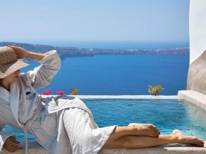 Πισίνα στο ή κοντά στο Luxury Villa Blue Dome Santorini