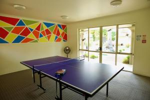 Tennis and/or squash facilities at Regal Palms Resort or nearby