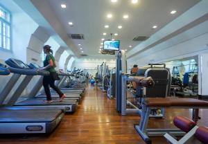 The fitness center and/or fitness facilities at Excel Roma Montemario