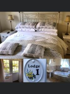 A bed or beds in a room at Hollyside Lodge