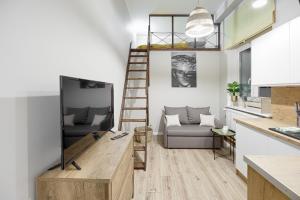 A seating area at Niron Apartamenty Dom z Papieru