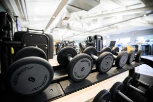 The fitness center and/or fitness facilities at The Essex Golf & Country Club Hotel