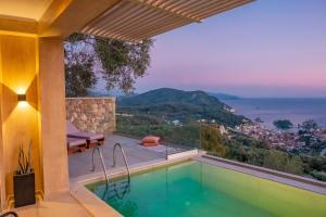 Πισίνα στο ή κοντά στο Apolis Villas & Suites Resort