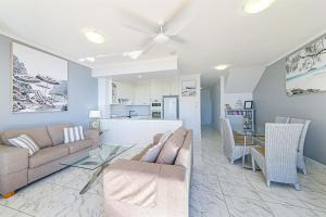 A seating area at Unit 8, Bronte of Coolum, 8 - 12 Coolum Terrace Coolum Beach, 500 Bond, LINEN INCLUDED, WIFI