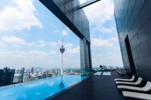 The swimming pool at or near Platinum Residence Kuala Lumpur