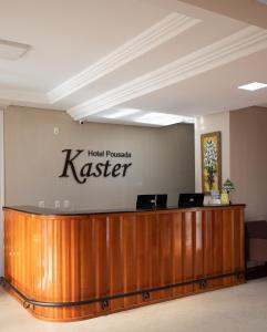 O saguão ou recepção de Hotel Pousada Kaster