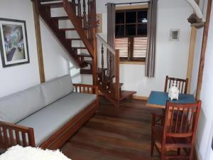 A seating area at Pouso Frutos de Paraty
