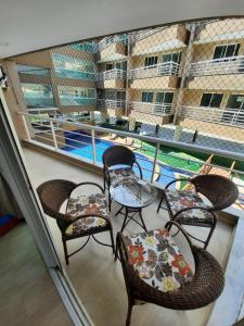 The swimming pool at or close to Beach Place Cumbuco Apto 04