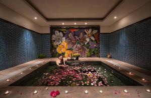 Piscine de l'établissement Ninh Binh Hidden Charm Hotel & Resort ou située à proximité