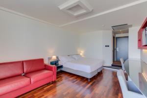 A seating area at Kursaal Hotel
