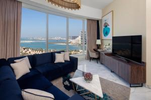 Зона вітальні в Avani Palm View Dubai Hotel & Suites