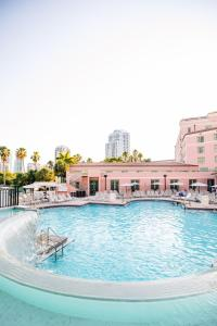 The swimming pool at or near The Vinoy® Renaissance St. Petersburg Resort & Golf Club