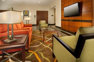 A seating area at Drury Inn & Suites Denver Westminster