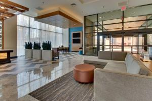 The lobby or reception area at Drury Plaza Hotel Nashville Downtown
