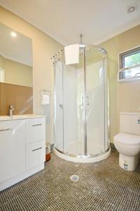 A bathroom at Fitzroy Island Resort