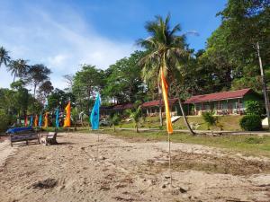 Ein Kinderspielbereich in der Unterkunft Cliff Cottage