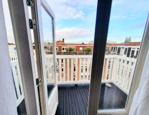 A balcony or terrace at Hotel Washington