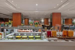 A restaurant or other place to eat at Holiday Inn London Kensington Forum, an IHG Hotel