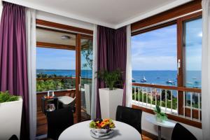 A general sea view or a sea view taken from a szállodákat