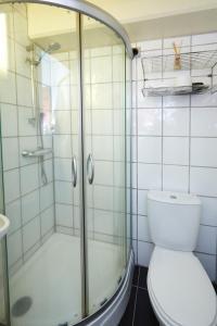 A bathroom at Reykjavik Downtown Hotel