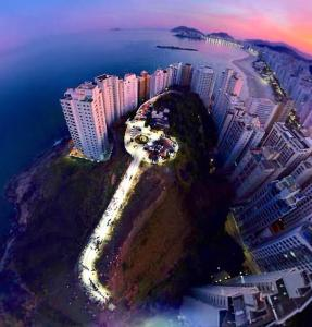 Uma vista aérea de Hotel Santamaria