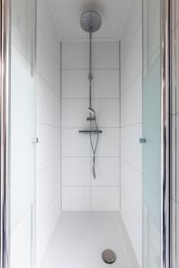 A bathroom at Resort Mooi Bemelen