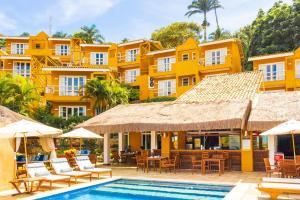 The swimming pool at or near Bahiamarela Boutique Hotel & SPA