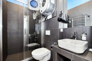 Ванная комната в White Apart