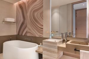 A bathroom at Address Beach Resort