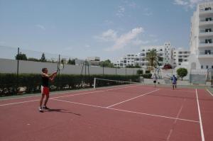 Tennis- en/of squashfaciliteiten bij Hotel Royal Jinene Sousse of in de buurt