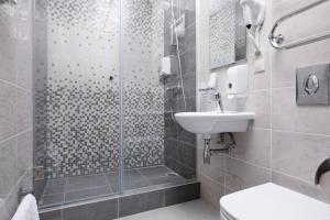 Ванная комната в АМАКС Санаторий Шахтёр
