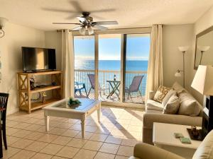 A seating area at Beach Front 16th Flr, Best Ocean View, New Upgrades