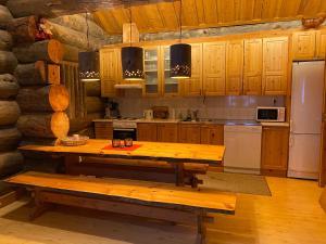 Majoituspaikan Levi Log Cabin - Viprakka 4A keittiö tai keittotila