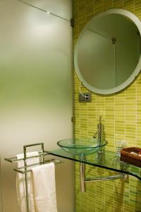 A bathroom at Hospedium Cañitas Suites
