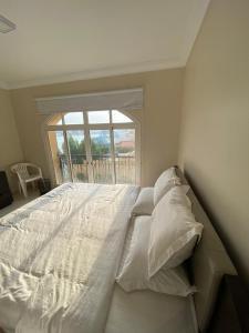 Cama ou camas em um quarto em درة العروس