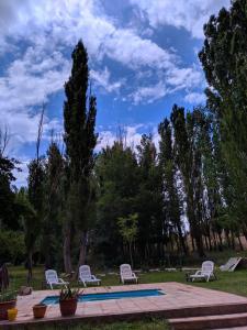 The swimming pool at or near Hosteria Uspallata
