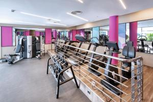 The fitness centre and/or fitness facilities at Hotel Riu Palace Jandia
