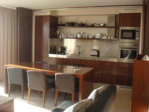 A kitchen or kitchenette at Vila das Lagoas - Herdade dos Salgados