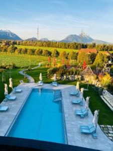 A view of the pool at Laschenskyhof Hotel & Spa or nearby