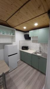 A kitchen or kitchenette at Sadyba Markevychiv