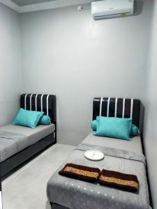 A seating area at Griya Wisanggeni