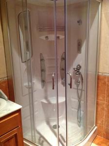 Un baño de Hotel Julio