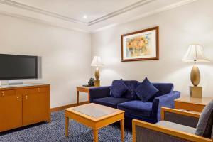 A seating area at Al Qibla Hotel