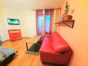 Гостиная зона в Apartment at Industrialny 29