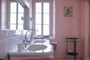 A bathroom at L'Oustal
