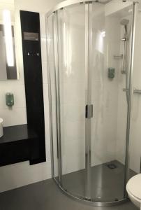 A bathroom at Hotel Woudschoten