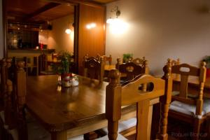 A restaurant or other place to eat at Hotel Saueth