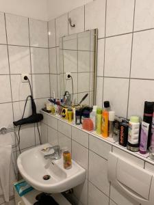 A bathroom at Waisi's
